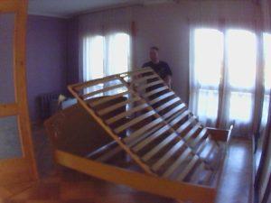 збір ліжка з підйомним механізмом