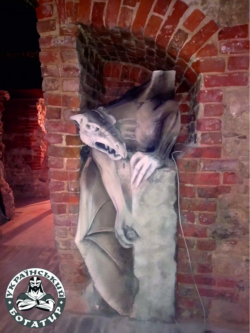 Перевозка памятников - Украинский Богатырь
